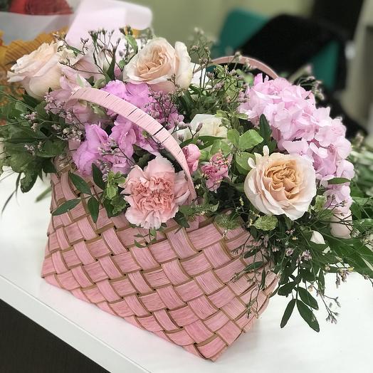 Валентинка в сумке: букеты цветов на заказ Flowwow
