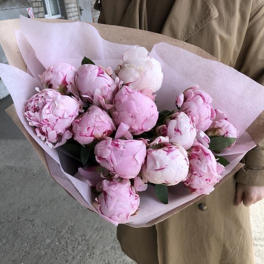 13 шикарных пионов: букеты цветов на заказ Flowwow