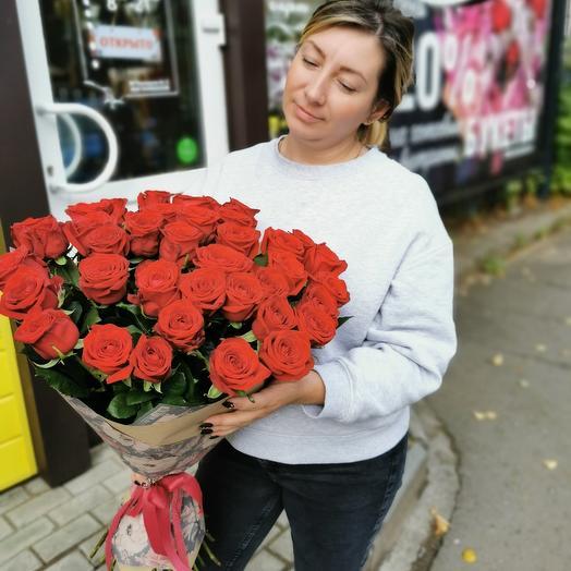 Монобукет из 35 красных роз