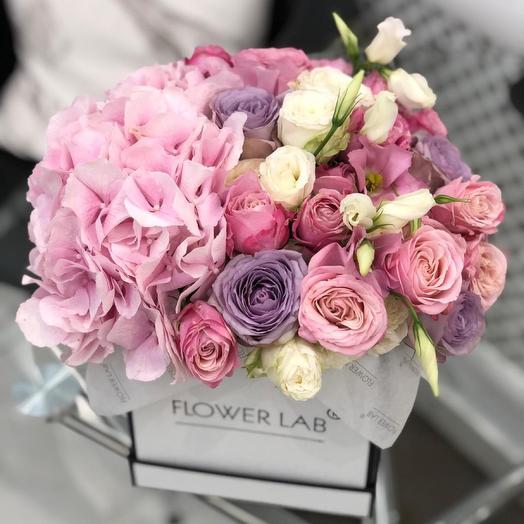 Цветы в коробке свежесть