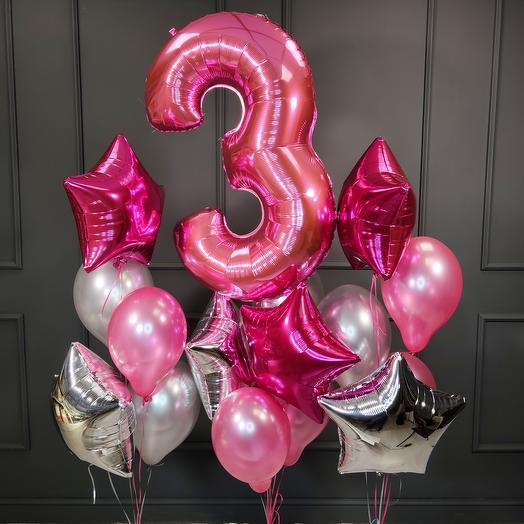 Композиция из розовых и серебряных шаров со звездами и цифрой