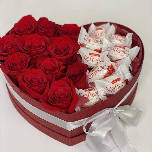 Heart of red roses and Raffaello 6