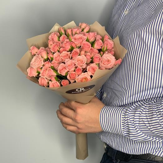 Букет из кустовых роз  16