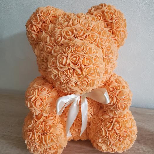Оранжевый мишка из роз