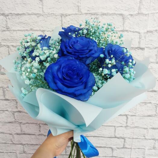 Синие розы с Гипсофилой