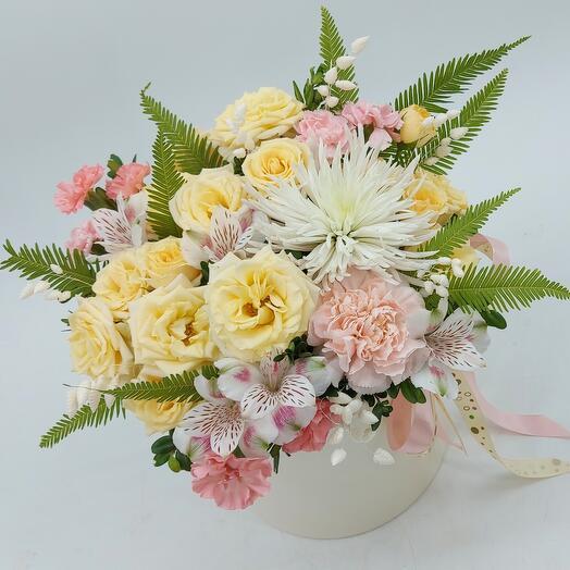 """Цветы в коробке """"Ванильный пудинг"""""""