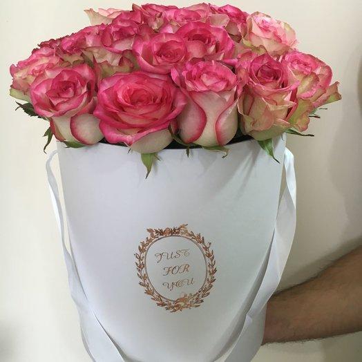 Шляпная коробка из 25 роз: букеты цветов на заказ Flowwow