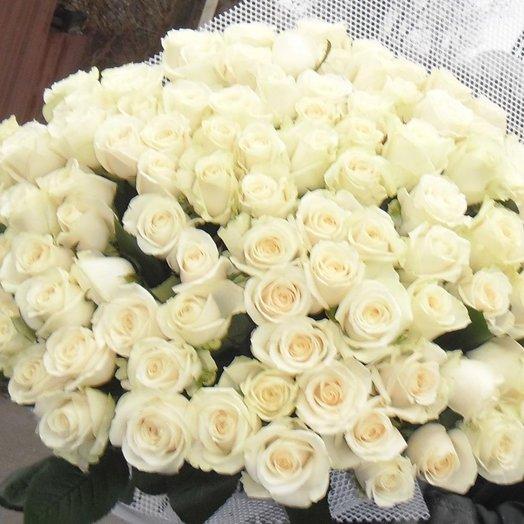"""Букет 101 белая роза 70 см """"101 зефир"""""""