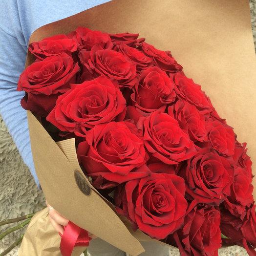 Классический букет из красных роз: букеты цветов на заказ Flowwow