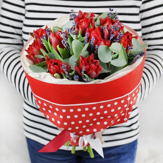 Букет из тюльпанов и лаванды: букеты цветов на заказ Flowwow