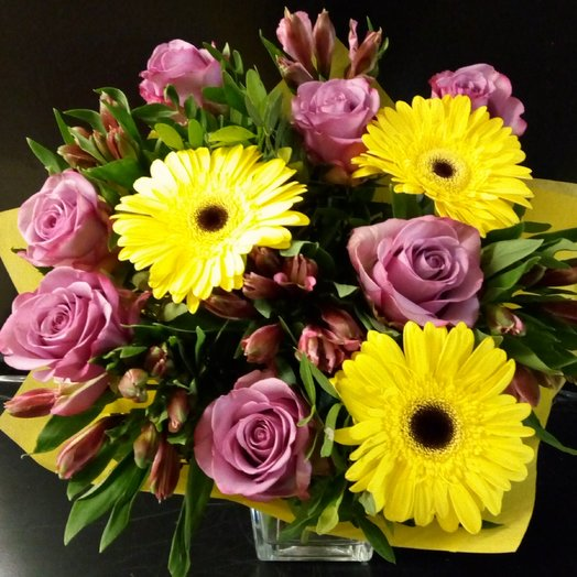 Букет с яркими герберами: букеты цветов на заказ Flowwow