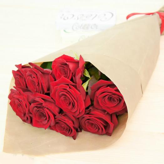 9 красных роз 50 см в крафте: букеты цветов на заказ Flowwow