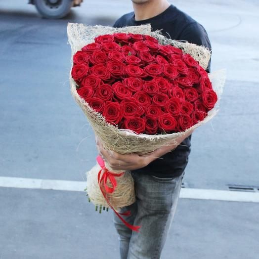 51 Красная роза, Ред Наоми