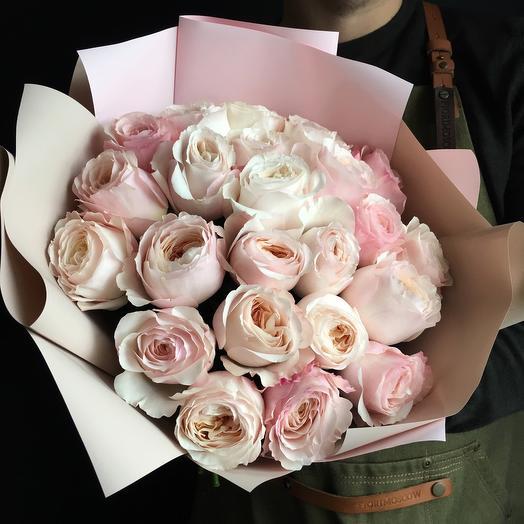 Пионовидная роза с веточками эвколипта: букеты цветов на заказ Flowwow