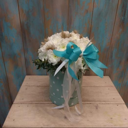 Коробка из Хризантемы и лагуруса: букеты цветов на заказ Flowwow