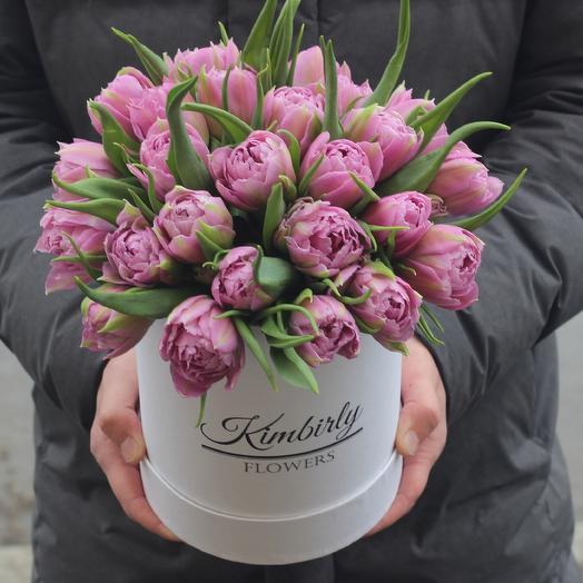 25 пионовидных тюльпанов в коробке: букеты цветов на заказ Flowwow