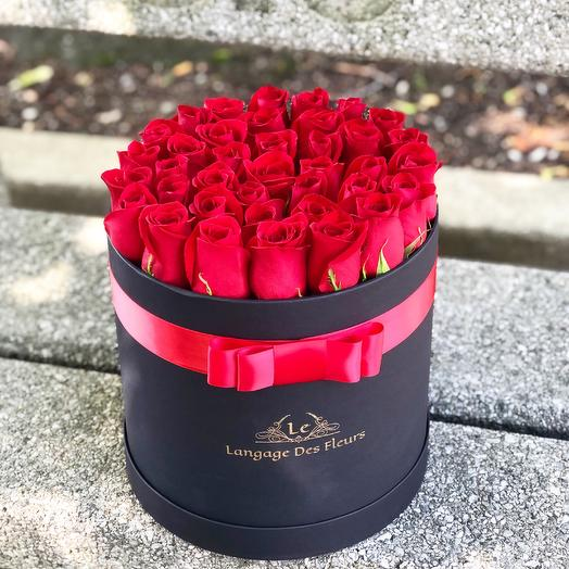 Large black box with red roses: flowers to order Flowwow