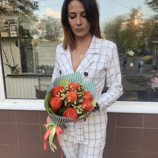 Огненные розы: букеты цветов на заказ Flowwow