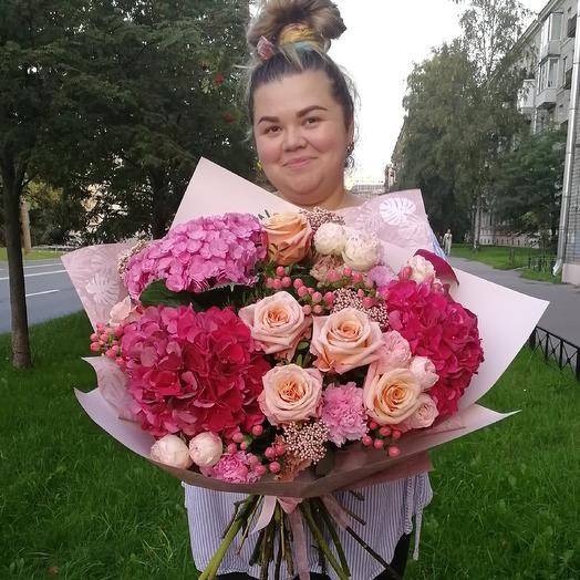 Букет Луи: букеты цветов на заказ Flowwow