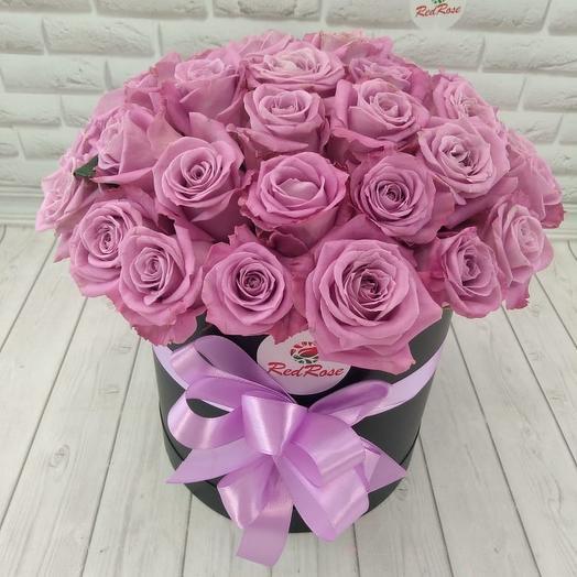 39 сиреневый роз в шляпной коробке: букеты цветов на заказ Flowwow