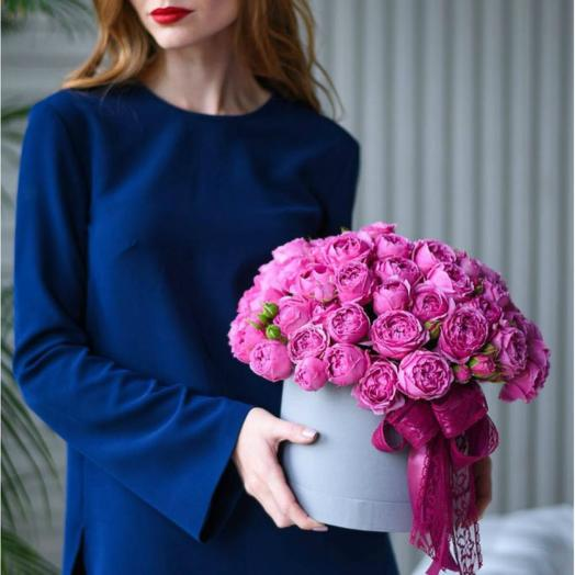 Коробочка из роз Баблс: букеты цветов на заказ Flowwow