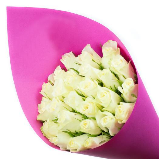 Белое счастье в крафте: букеты цветов на заказ Flowwow