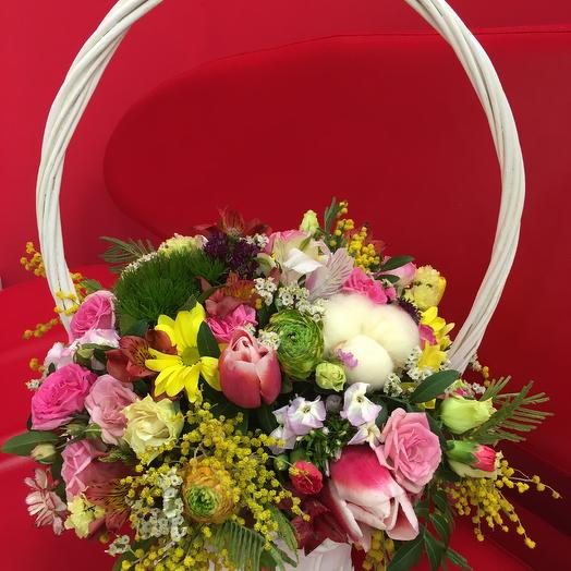 "Корзина микс цветов ""Феерия"": букеты цветов на заказ Flowwow"