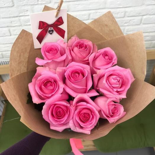 9 Розовых роз в крафте