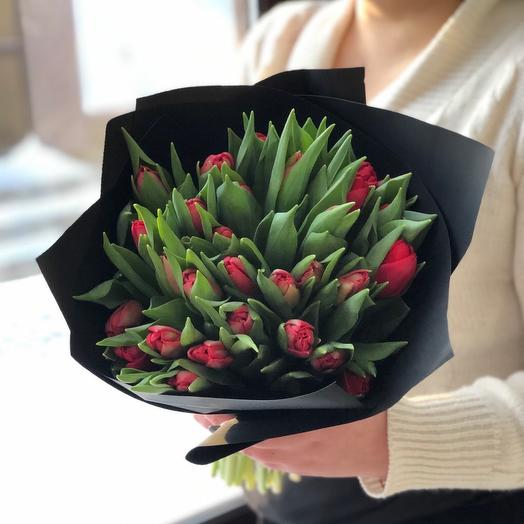 Тюльпаны в стильном оформление