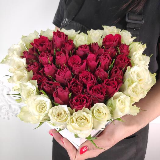 "Коробка из роз ""Сердце"" (Коробка конфет в подарок, условие в описании)"