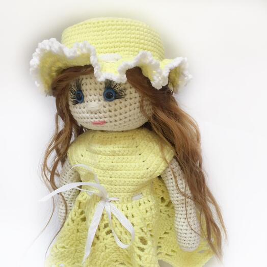Кукла в шляпке. Ручная работа