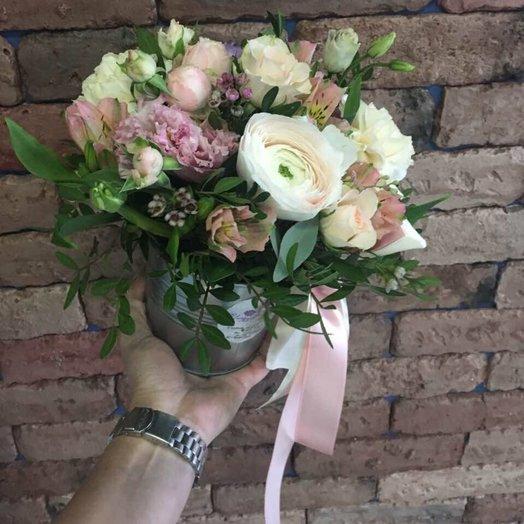 Нежность в руке: букеты цветов на заказ Flowwow