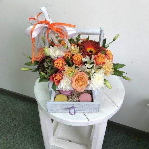 Ящик с ящиком: букеты цветов на заказ Flowwow