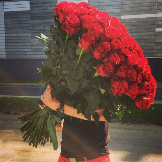 A huge bouquet of 101 roses XL size: flowers to order Flowwow