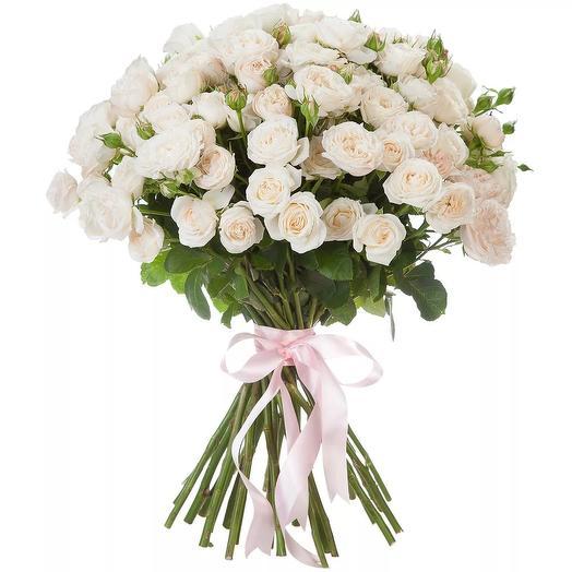 Букет из 25 белых кустовых роз: букеты цветов на заказ Flowwow