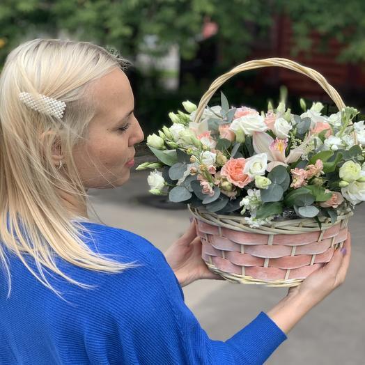 Коробочка Мedium: букеты цветов на заказ Flowwow
