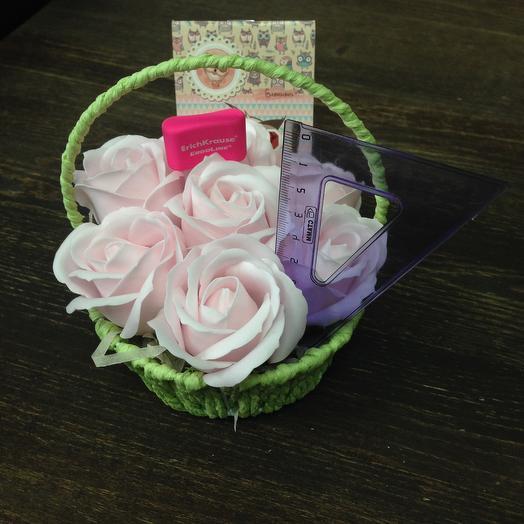 Для самой нежной учительницы: букеты цветов на заказ Flowwow