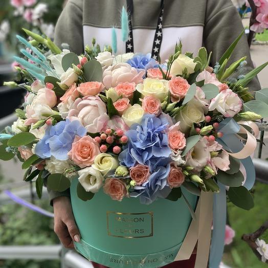 Премиум коробка: букеты цветов на заказ Flowwow