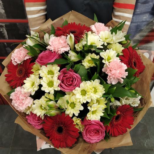 Яркий букет с герберой,альстромерией и хризантемой: букеты цветов на заказ Flowwow