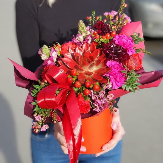 Коробочка ,,Моя любовь: букеты цветов на заказ Flowwow