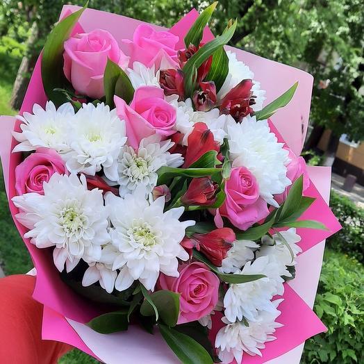 Букет с розовыми розами: букеты цветов на заказ Flowwow