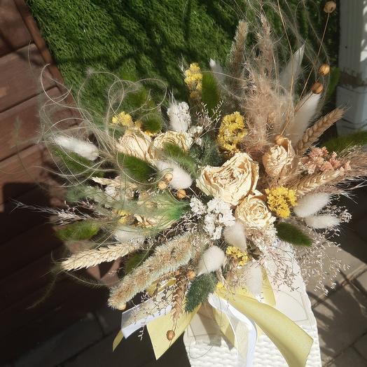 Цилиндр с сухоцветами