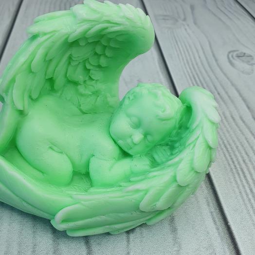 Мыло ручной работы - Малыш в крыльях большой ( зелёный)