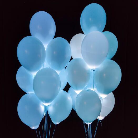 Нежно голубые шарики с белыми светодиодами 20 шт