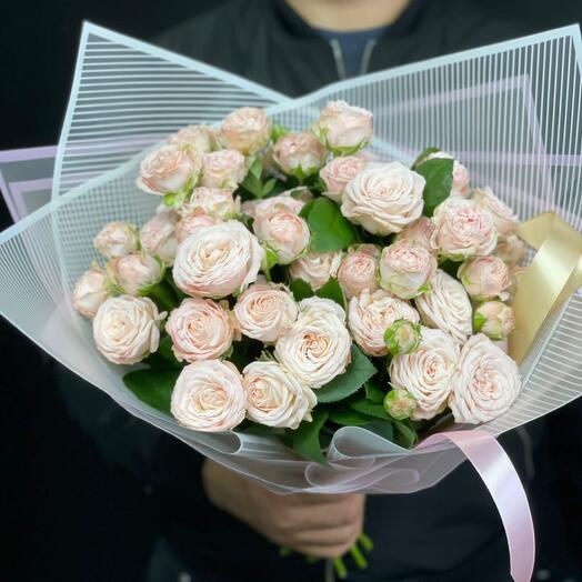 Кустовая роза букет учителю 1 сентября