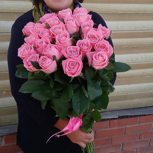 Букет из 23 розовых роз 60 см: букеты цветов на заказ Flowwow