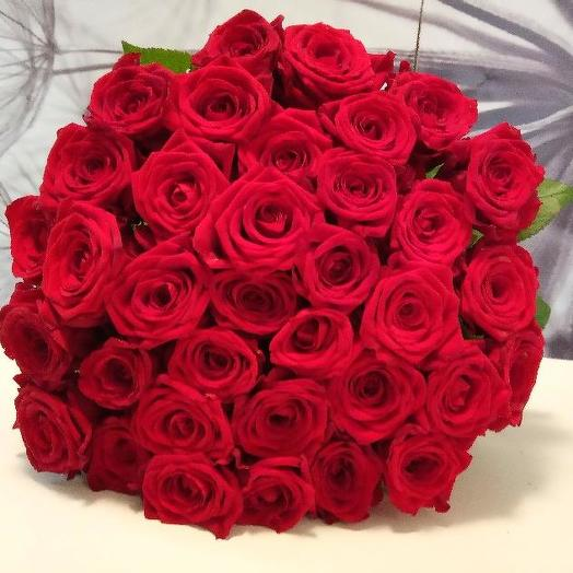 Букет из 35 красных роз 80 см: букеты цветов на заказ Flowwow