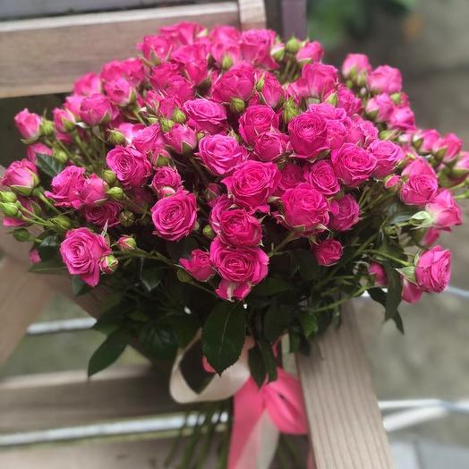 Букет из 15 розовых кустовых роз 50 см: букеты цветов на заказ Flowwow