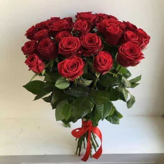 Букет из 29 красных роз 70 см: букеты цветов на заказ Flowwow