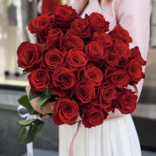 Букет из 25 красных роз 80 см: букеты цветов на заказ Flowwow